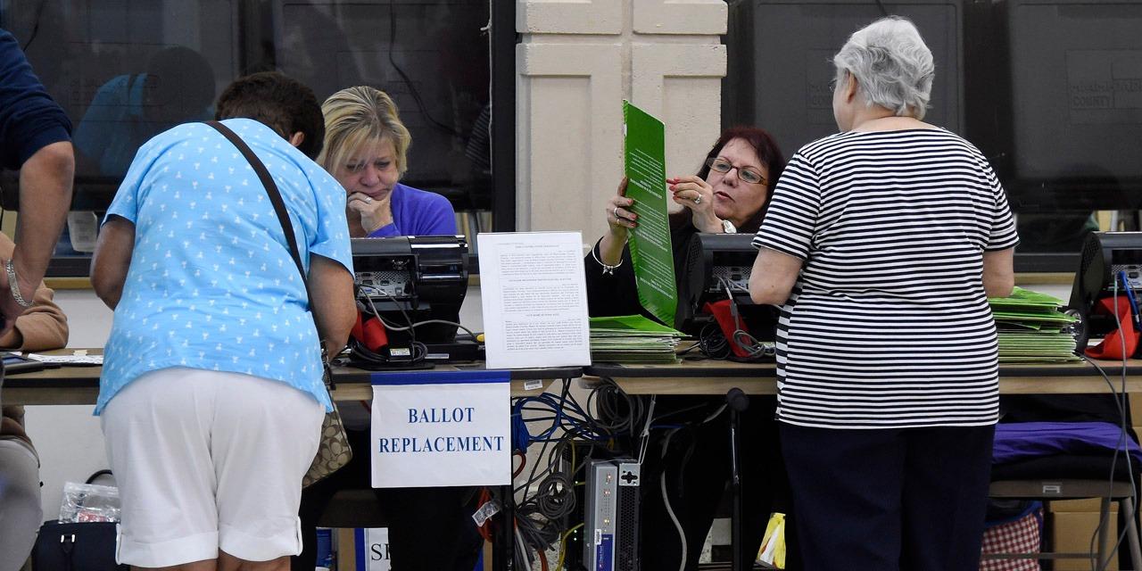 Élections américaines : ouverture des bureaux de vote pour le scrutin présidentiel aux Etats-Unis