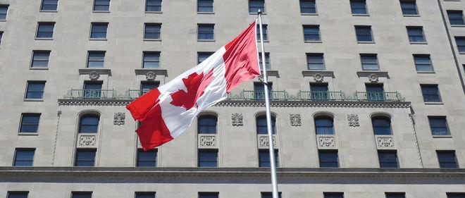 """Sur Google, les demandes pour """"déménager au Canada"""" explosent"""
