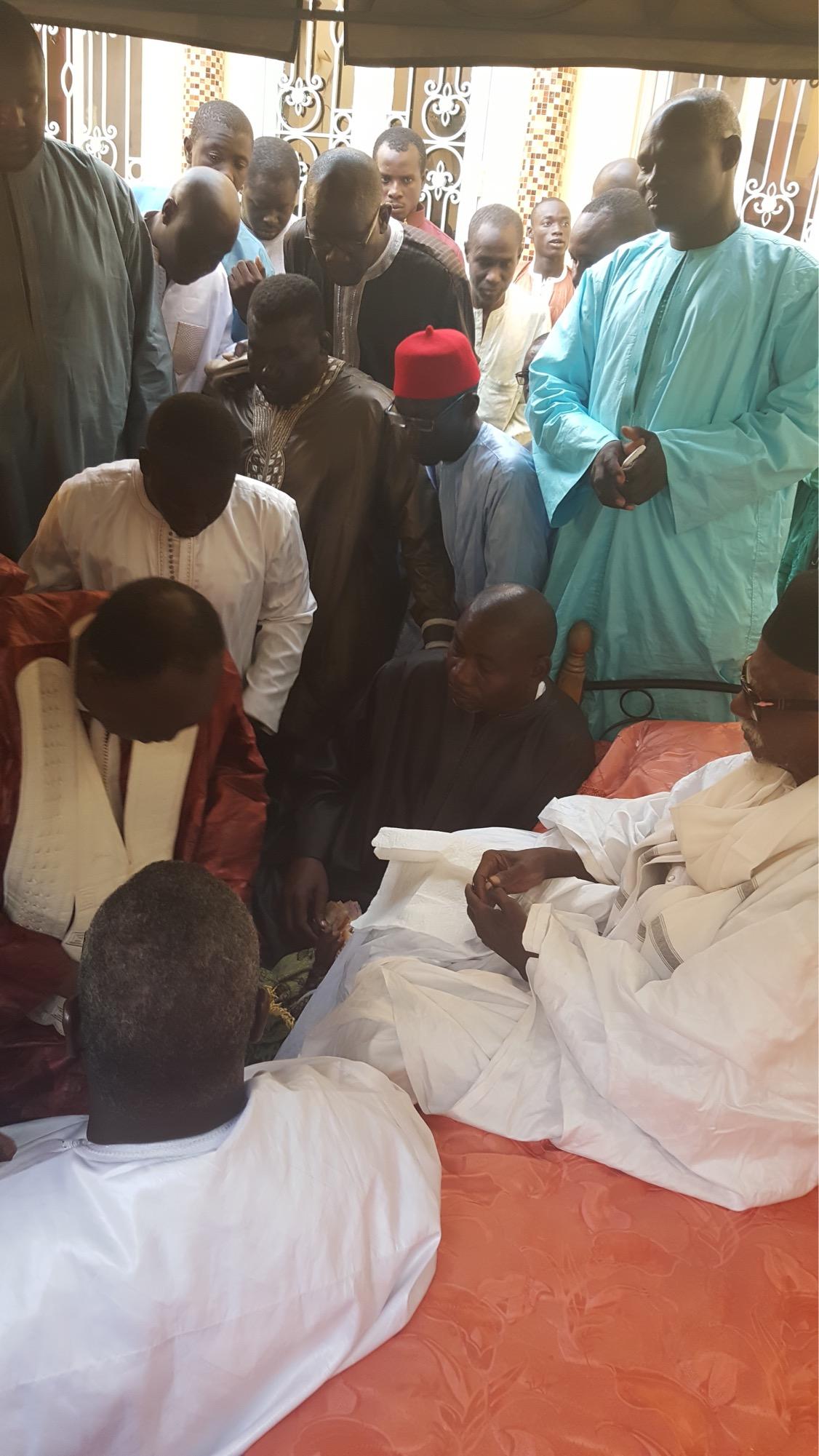 TOUBA : Me El Hadj Diouf reçu par le Khalife général des mourides
