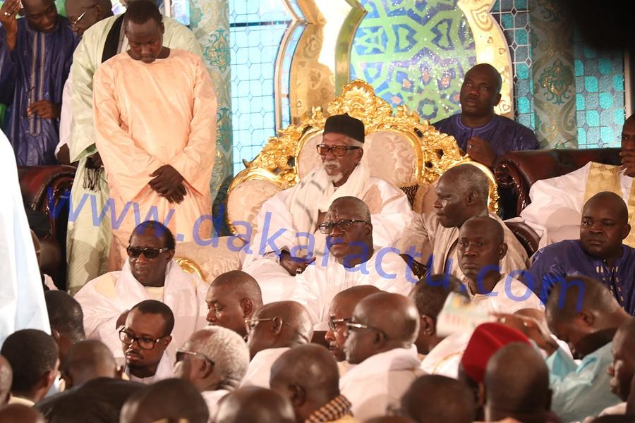 TOUBA - Le Khalife exhorte les Mbacké-Mbacké à aller étudier, corrige les détracteurs des tarikhas, montre la voie à suivre à l'État, dénonce la violence et encourage le dialogue politique