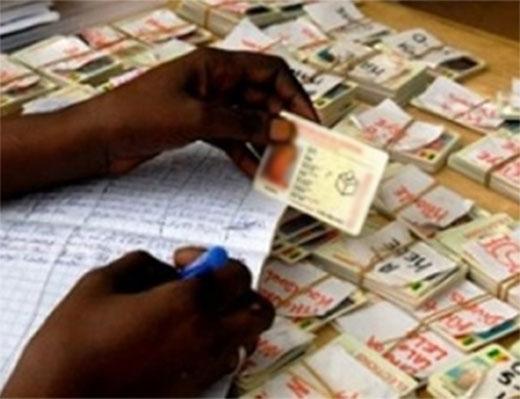 Carte nationale d'identité biométrique : 800 personnes ont déjà reçu leurs récépissés d'inscription à Louga