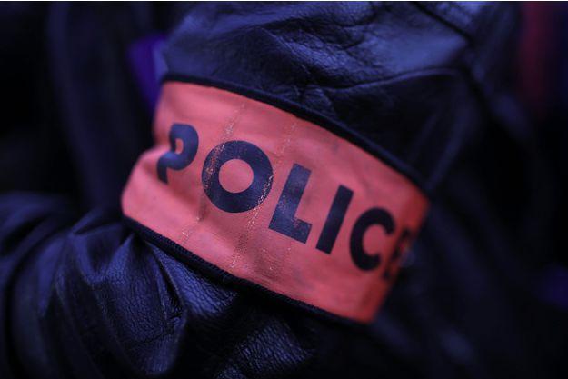 Alpes-Maritimes : il tue son ami d'une soixantaine de coups de couteau
