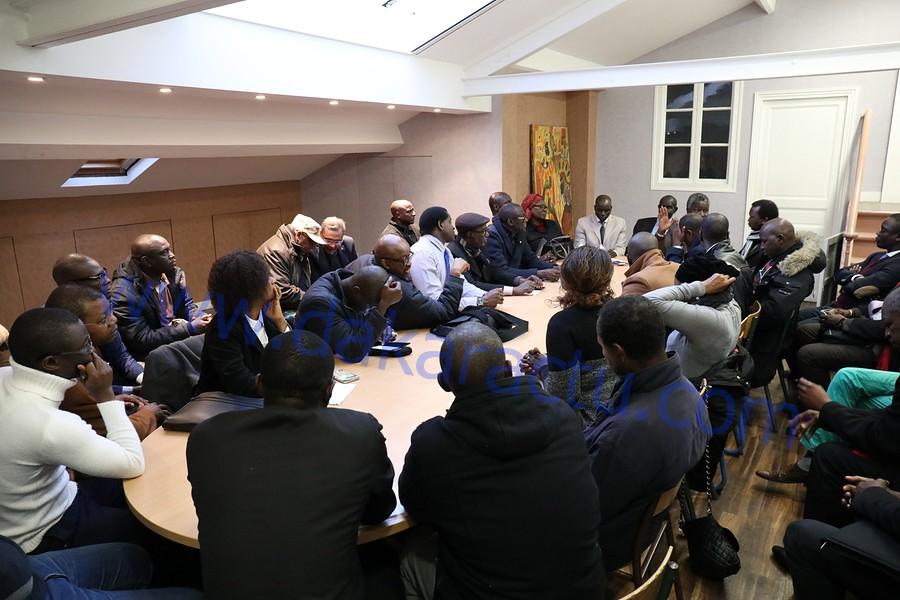 LANCEMENT DES INSCRIPTIONS SUR LES LISTES ÉLECTORALES EN FRANCE: L'opposition en ordre de bataille