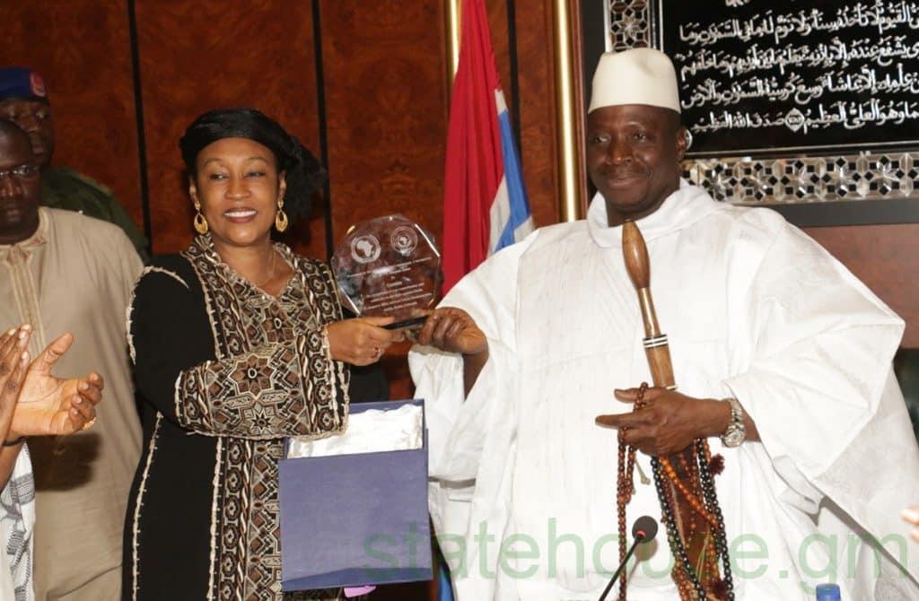 DÉFECTION EN GAMBIE : Le ministre des Affaires étrangères se tire