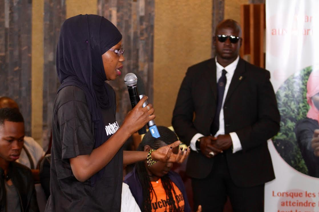 Quelques images de la rencontre entre Maître GIMS et de jeunes sénégalais selectionnés par l'UNFPA dans le cadre de son programme contre les violences faites aux filles