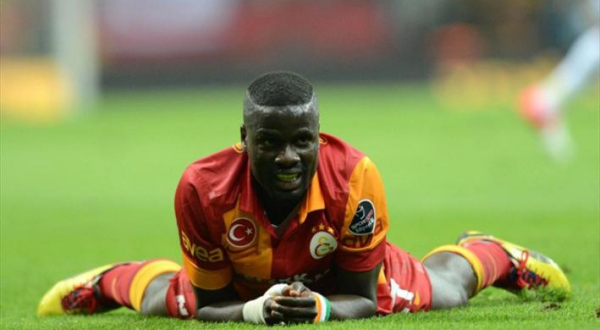 Le footballeur ivoirien Emmanuel Eboué ruiné par un pasteur nigérian