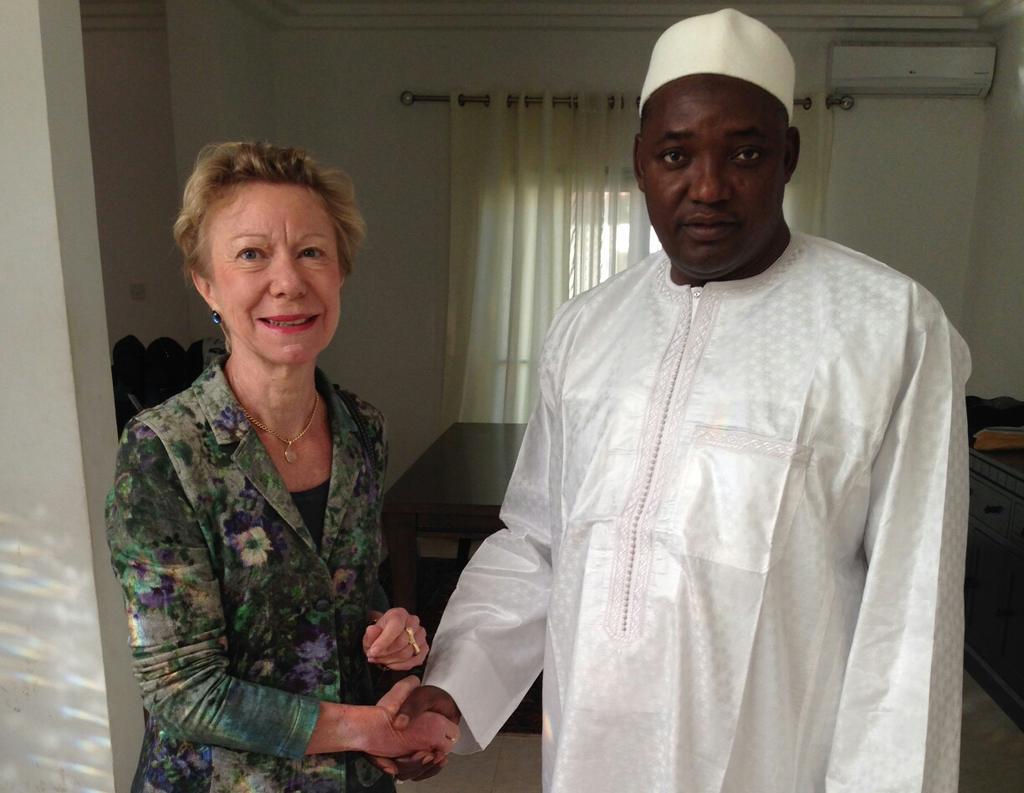 Rencontre entre l'envoyée spéciale de la France pour la Gambie et A. Barrow, Président élu de la Gambie