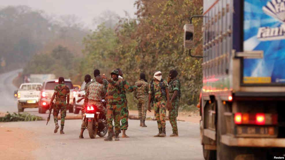 Nouveaux tirs à Bouaké avant la visite du ministre de la Défense