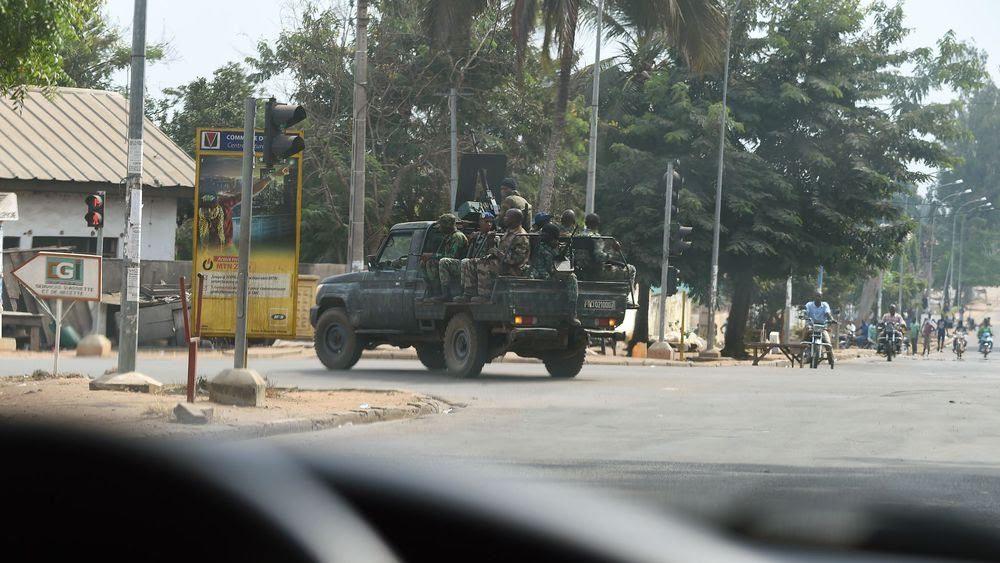 Côte d'Ivoire : tirs dans le plus grand camp militaire d'Abidjan