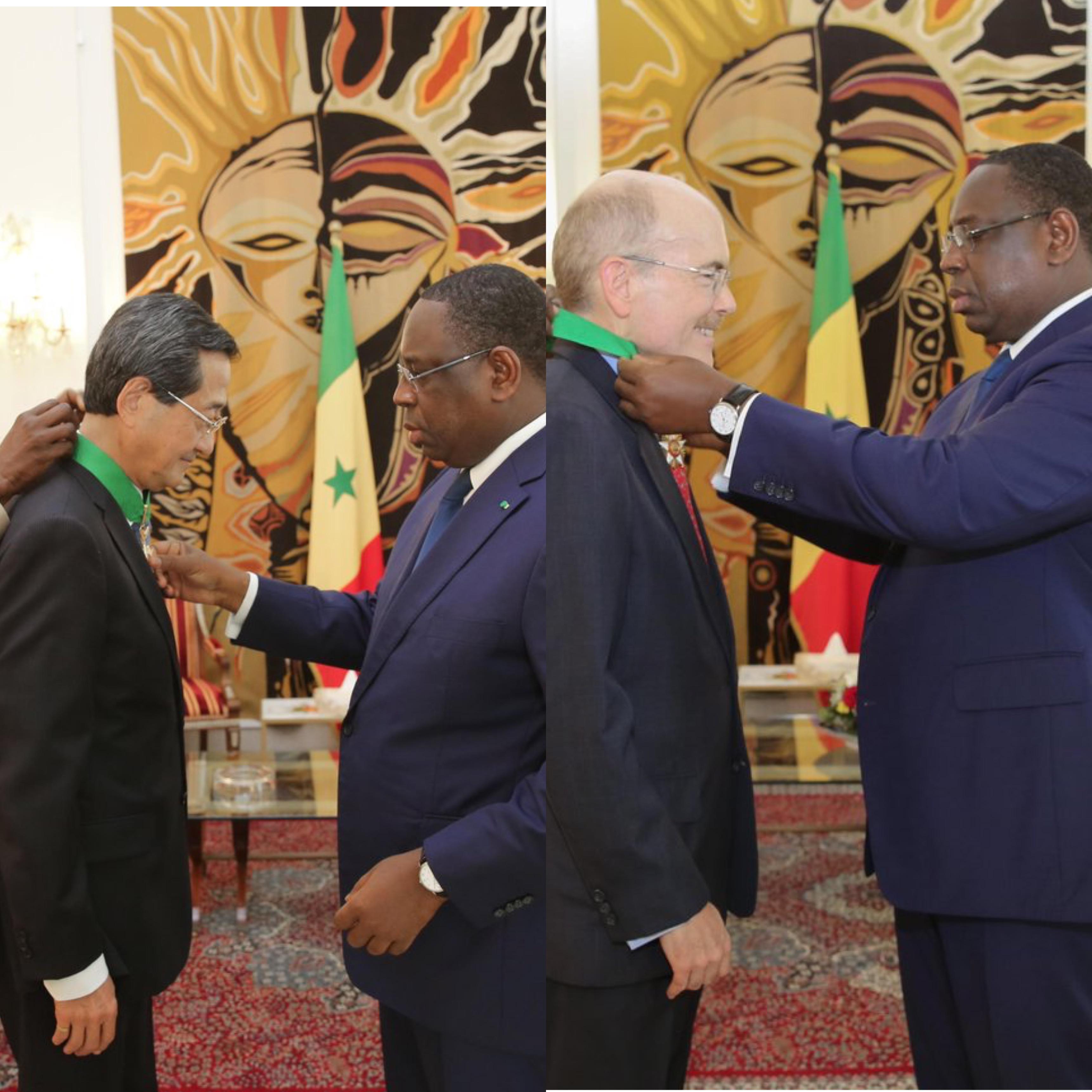 Les ambassadeurs James Zumwalt et Takashi Kitahara élevés dans l'ordre national du Lion