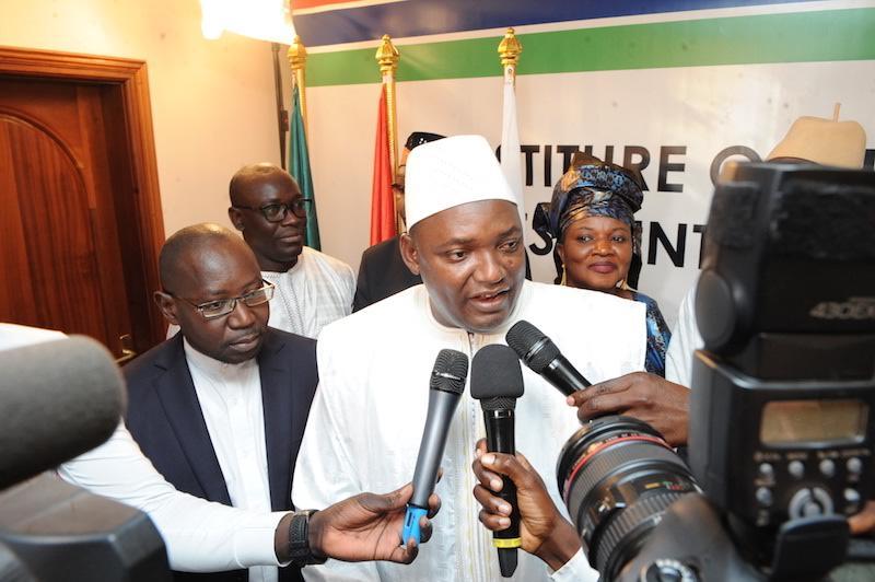 """Président Adama Barrow : """" Je vais à partir de maintenant constituer mon Gouvernement (...) Je rentre bientôt en Gambie """""""