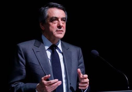 """François Fillon ne lâche pas l'affaire : """"Mon programme dérange le désordre établi"""""""