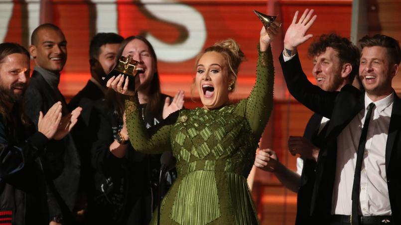 Grammy Awards : Adele triomphe et entre dans l'Histoire