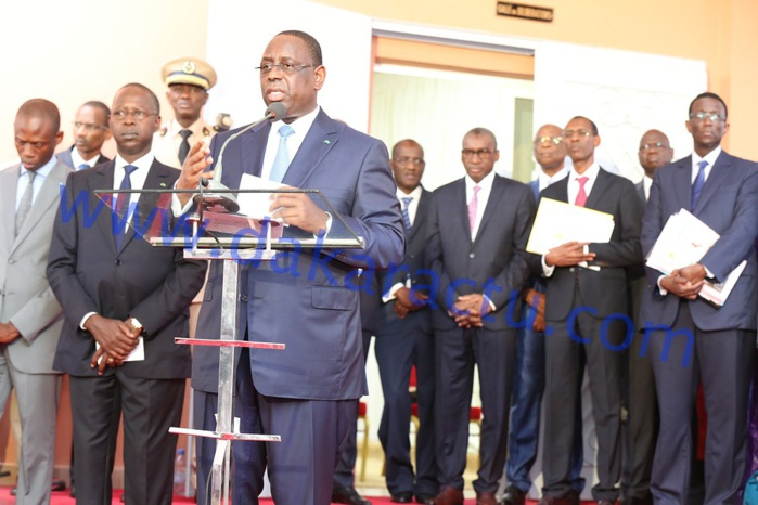 ADMINISTRATION : Décret présidentiel instituant un secrétaire général dans tous les ministères.
