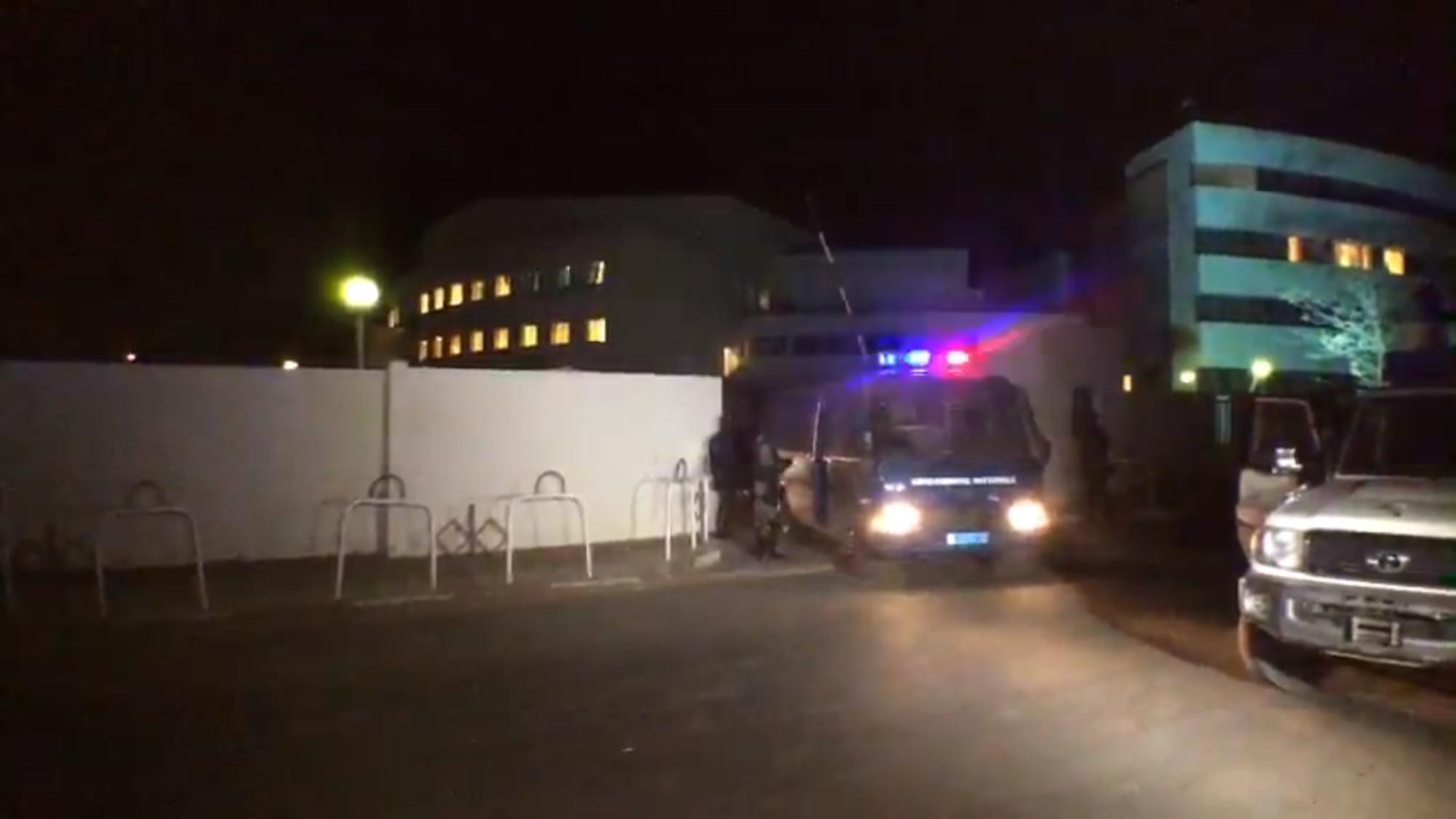 """PALAIS DE JUSTICE : Une pause accordée à Khalifa Sall pour la prière du """"Guéwé"""""""