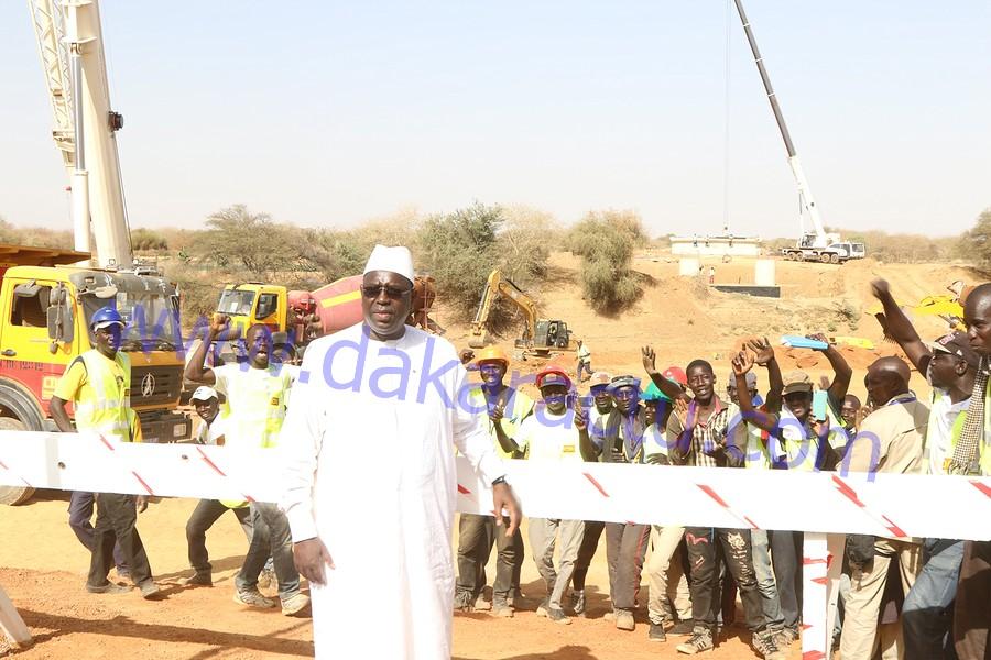 """Macky Sall à Ourossogui: """"N'en déplaise à ceux qui considèrent que je suis en campagne déguisée, je continuerai de parcourir le Sénégal """""""