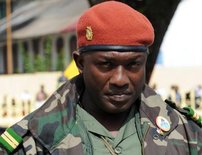"""Le Sénégal extrade le militaire guinéen """"Toumba"""" Diakité"""