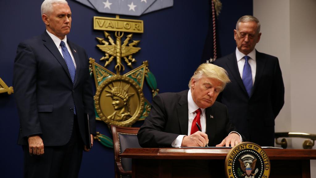 ETATS-UNIS : Des Etats américains contestent en justice le nouveau décret migratoire de Donald Trump
