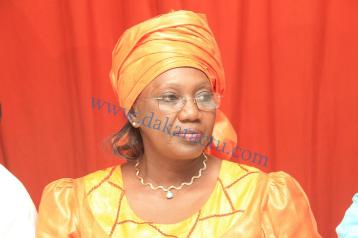 PRÉSIDENTIELLE 2019 - Aminata Tall sort «  les gros moyens » et promet de « plumer » l'opposition.