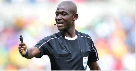 L'arbitre du match Afrique du Sud - Sénégal à Polokwane, suspendu à vie