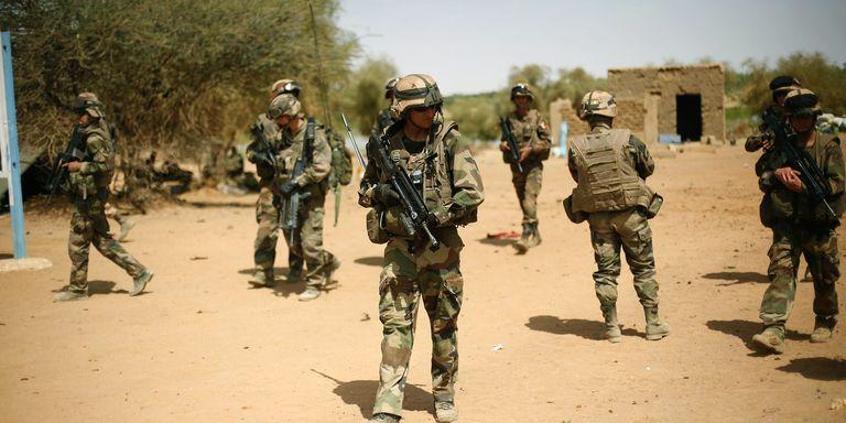 """MALI : Un soldat français tué dans un """"accrochage avec des terroristes"""""""