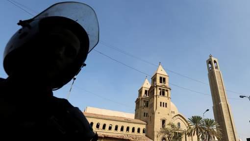 L'explosion d'une bombe près d'une église fait 22 morts en Egypte