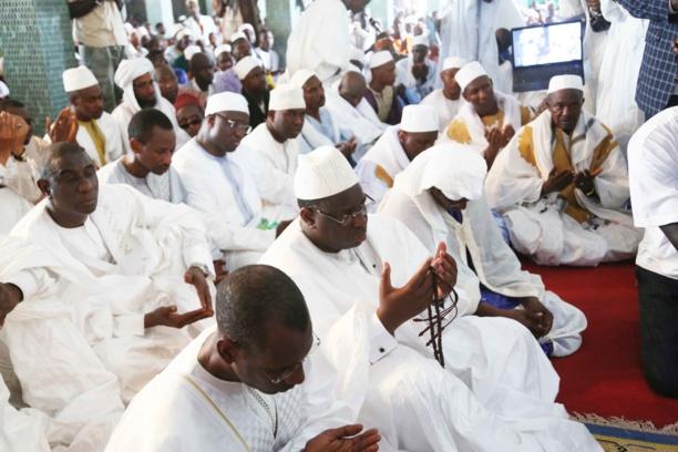 INCENDIE MEURTRIER AU DAAKA DE MÉDINA GOUNASS : Macky Sall et son Gouvernement présentent leurs condoléances