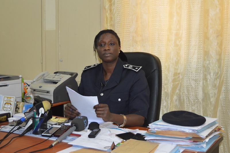 le commissaire de police tabara ndiaye nouveau porte parole de la police nationale. Black Bedroom Furniture Sets. Home Design Ideas