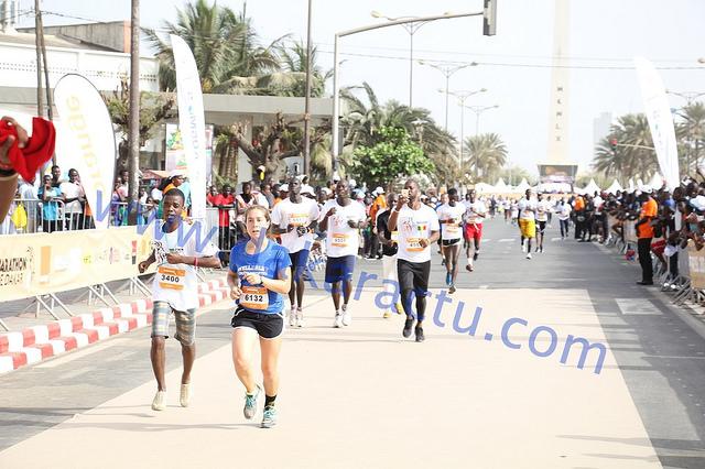 29 morts morts au Senegal...gardez vos larmes et courrez!