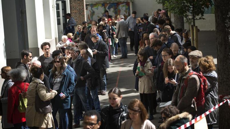 Présidentielle française : La participation à 17 heures est de 69,42%