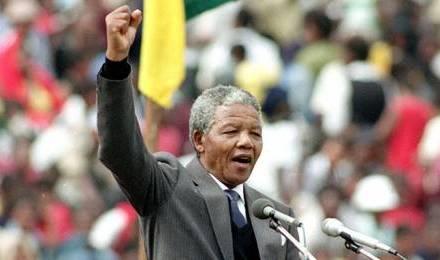 Nelson MANDELA : Un long chemin vers la liberté, Fayard, 1995, 659 pages.