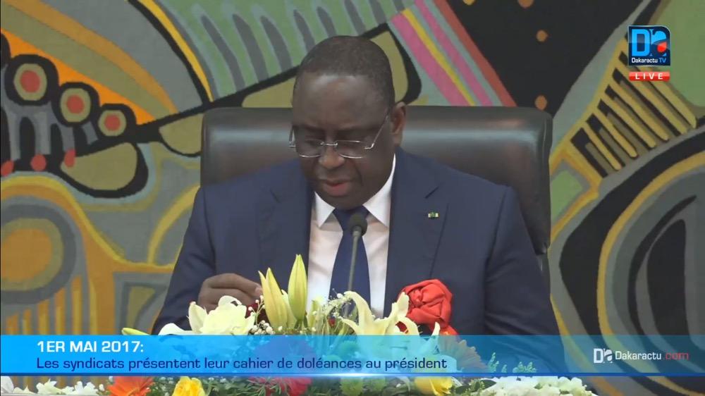 Macky Sall à Mademba Sock : « On ne peut pas faire tous ces efforts, et que les gens disent qu'ils vont en grève… C'est difficile dans l'esprit du dialogue »