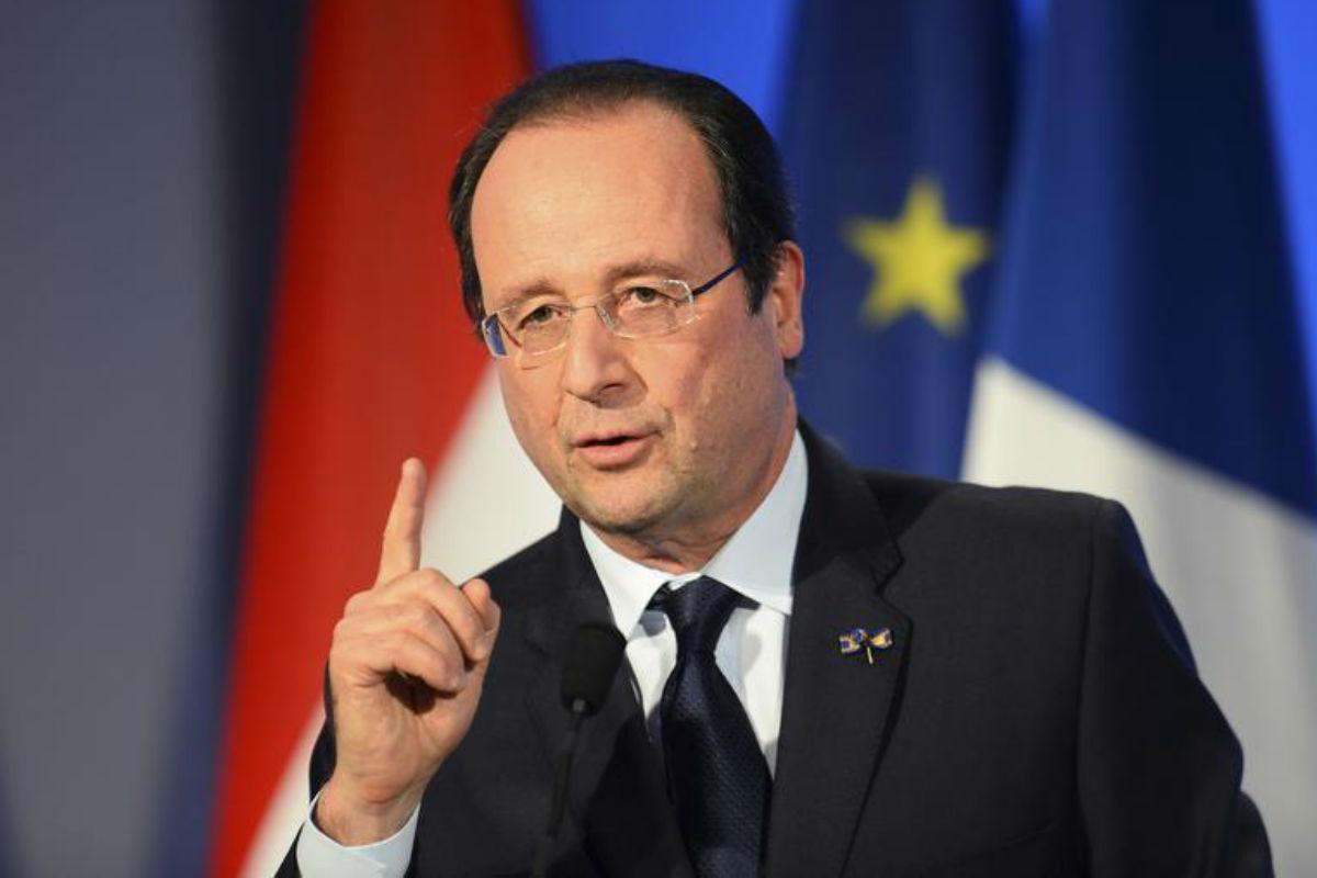 """François Hollande : L'ignorance"""" de Le Pen sur l'euro ne lui """"permet pas"""" d'être présidente"""