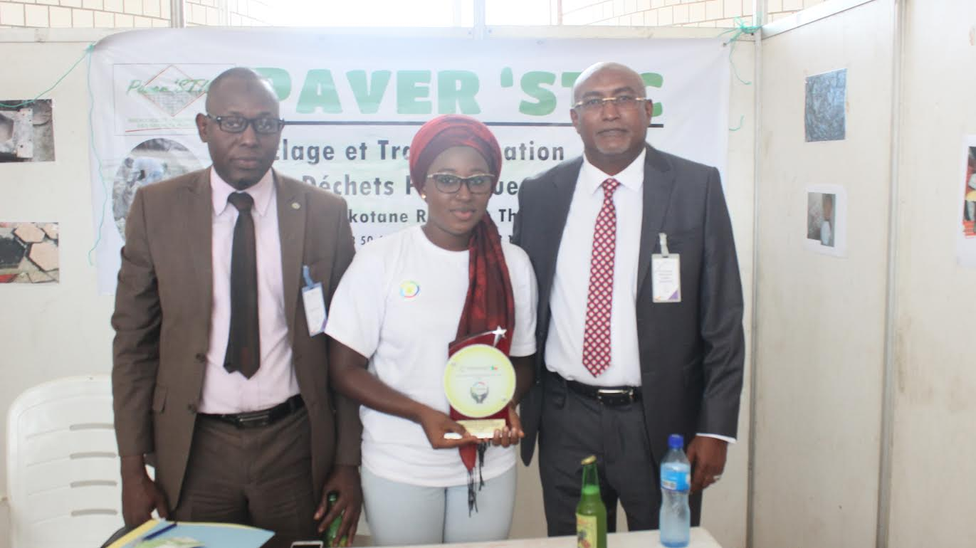 Distinction : un projet accompagné  par l'ANPEJ remporte le prix de la meilleure entreprise jeune francophone