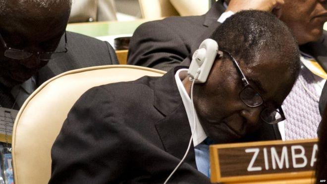 Mugabe ne dort pas, il repose ses yeux