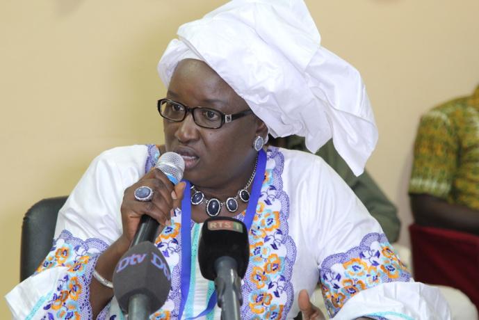 Hélène Tine ne veut pas de Wade à la tête liste de Manko Taxawu Sénégal