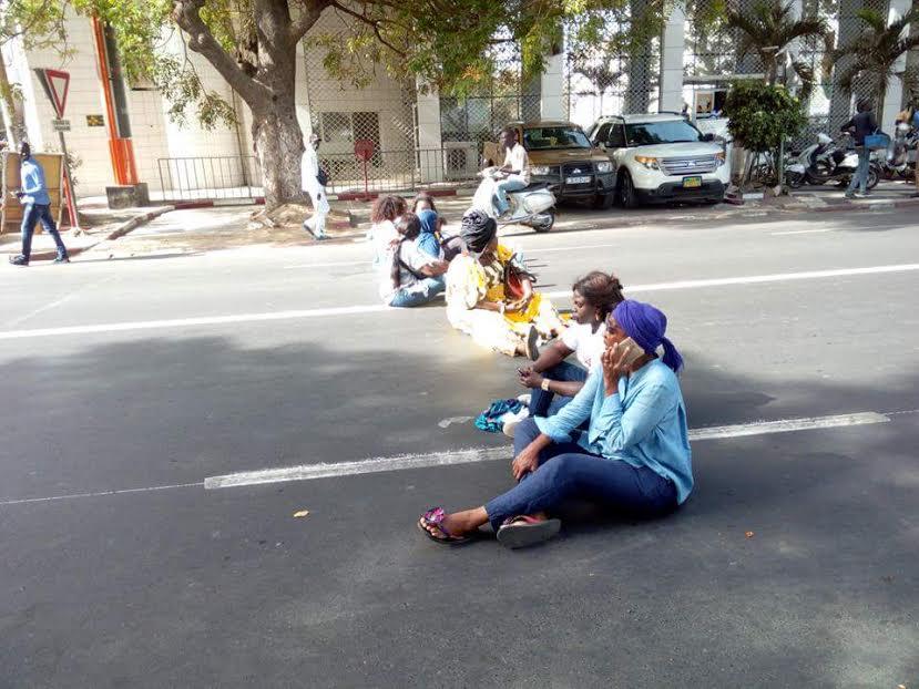 Manifestation à côté du ministère de l'Intérieur : Les femmes pro-Khalifa Sall libérées