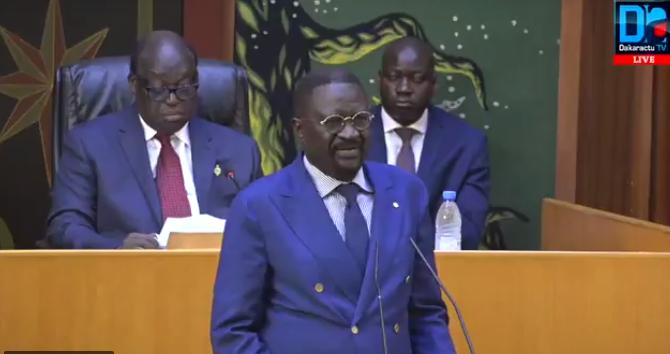 """PAPE ABDOULAYE SECK : """" Il n'existe pas de famine au Sénégal '"""