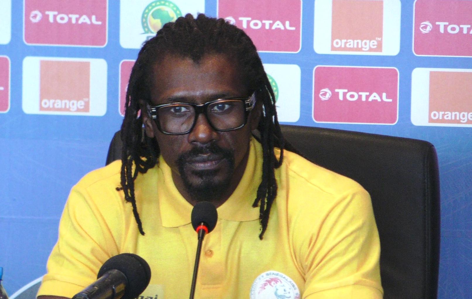 Aliou Cissé : « C'est sûr et certains que la situation de nos gardiens de but est préoccupante »