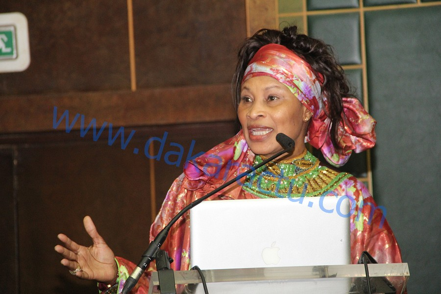 POLITIQUE : Me Aissata Tall Sall veut s'allier avec Me El hadji DIouf