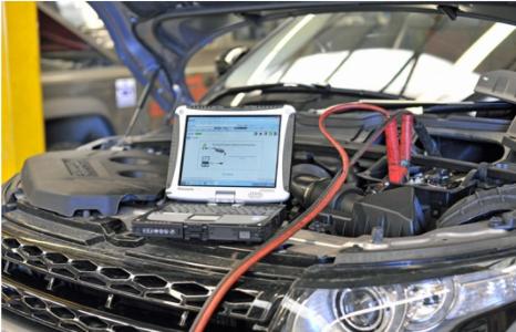 Une mallette électronique de détection offerte aux mécaniciens de Louga