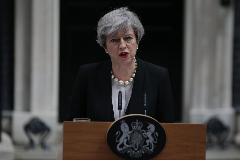 Theresa May Première ministre britannique sur l'attentat de Manchester : «Nous pensons connaître l'identité du terroriste»