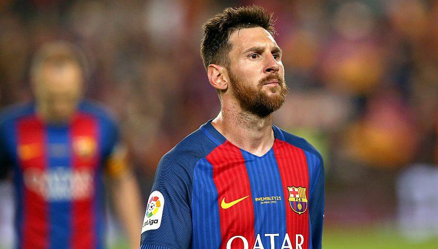 """""""Soutien total"""" du Barça pour Messi"""