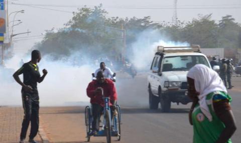 Bissau: la police disperse des manifestants réclamant la démission du chef de l'Etat