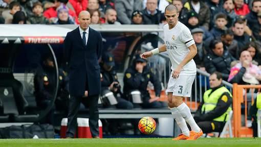 Pepe allume Zidane