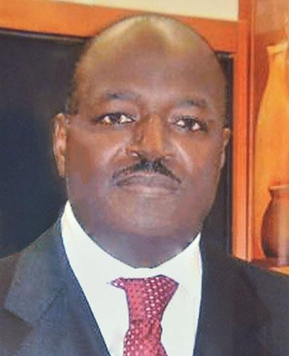 Dégâts collatéraux des investitures ? : L'ancien ambassadeur Papa Cheikh Sadibou Fall démissionne de la Direction du PDS