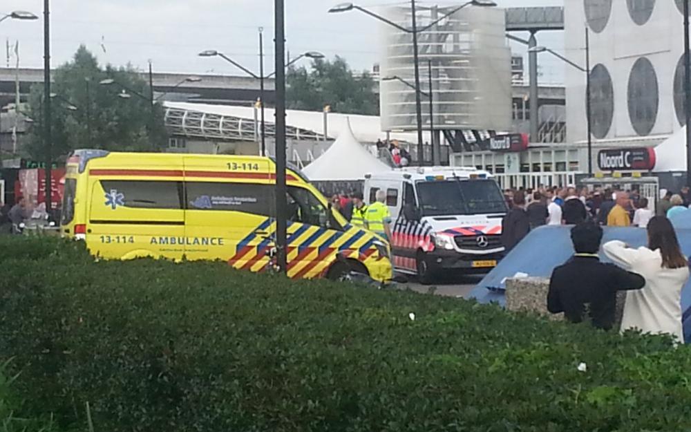 Pays-Bas : une voiture percute plusieurs piétons à Amsterdam