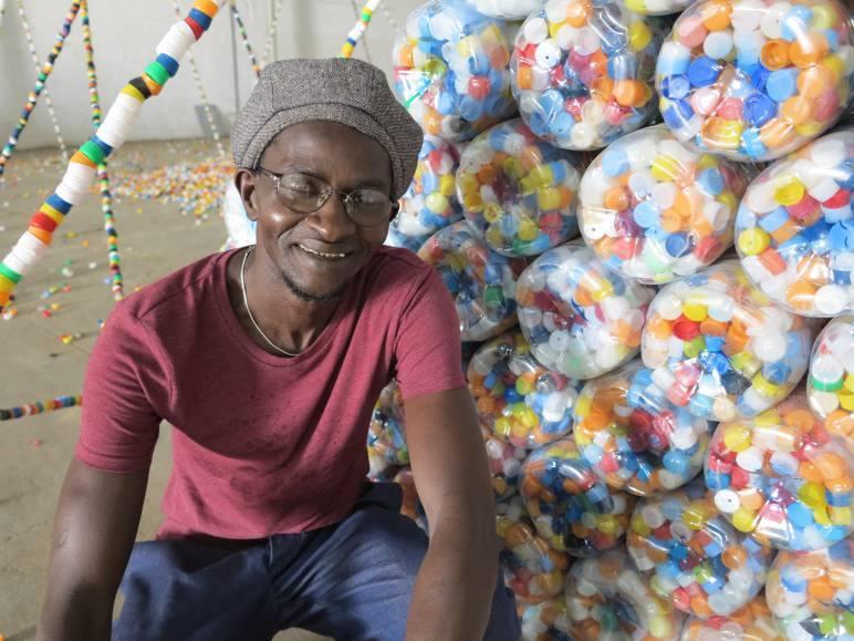 Ndary LO : le dernier marcheur du siècle...