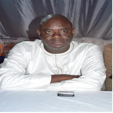 Monsieur Sada Diallo , Président du Mouvement Sicap Debout lance un appel à l'endroit de la coalition Bennoo Bokk Yaakaar
