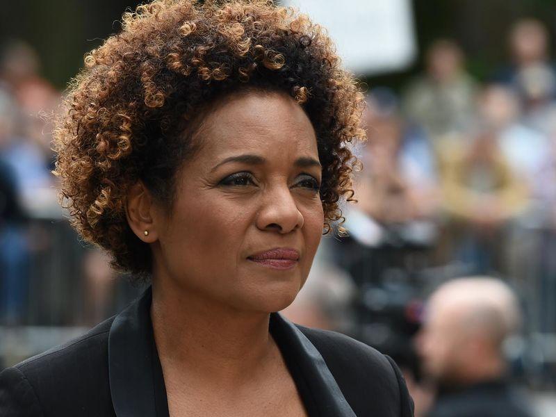 BAMBOULA : Michaëlle Jean aurait dépensé un demi-million de Dollars de fonds publics pour aménager la résidence officielle louée pour elle à Paris